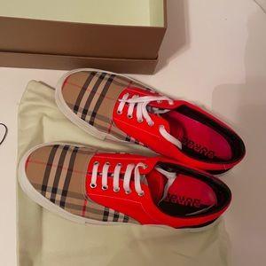 Burberry Men's Sneaker